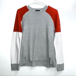 Trouve long sleeved gray orange white sweater 47B7